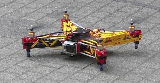 fischertechnik-Drohne